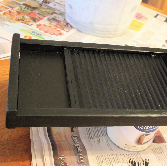 Photo of base coat painted on a washboard