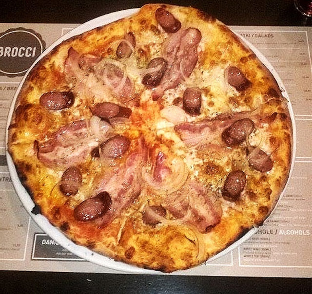 Pizza Brocci