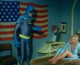 Déjese ver señorita, batman se lo pide