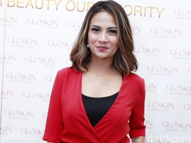 Manajer: Vanessa Angel Sangat Takut Ketemu Wartawan