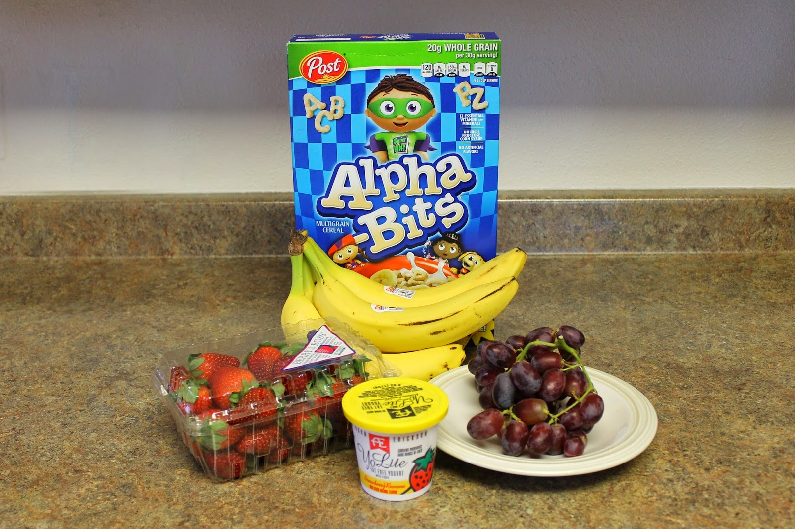 Breakfast Banana Split ingredients