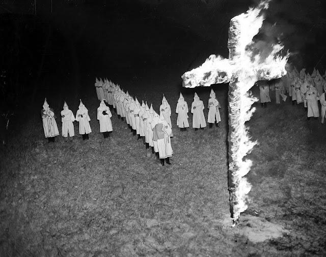 Ku Klux Klan Organisasi Terlarang Penindas Ras Kulit Hitam
