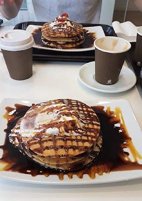 Tweny Pancake Lisbon Portugal