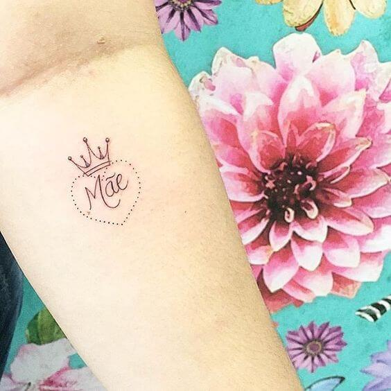 beautiful small tattoos with flowers