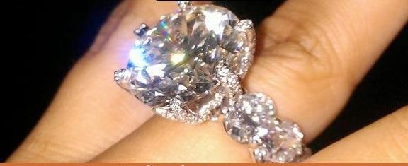 largest diamond ring - photo #3