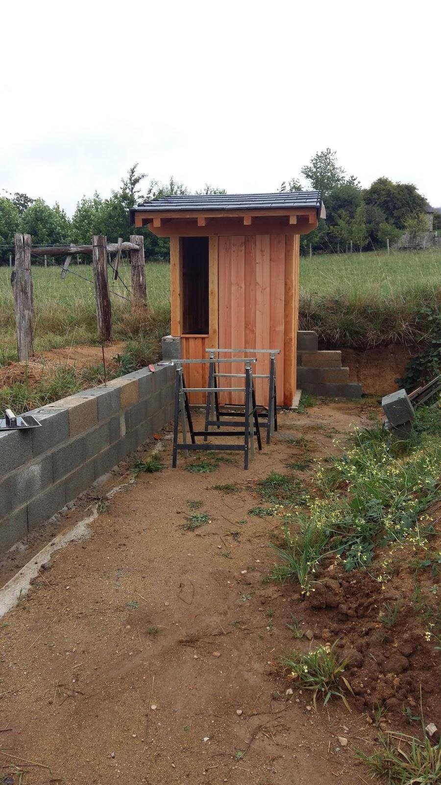 ABCDidier Et sa Famille: La cabane au fond du jardin