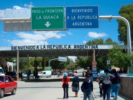 EL peso argentino devaluó fuertemente en la frontera