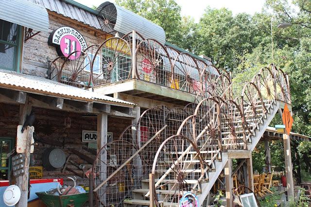 wagon wheel deck railing
