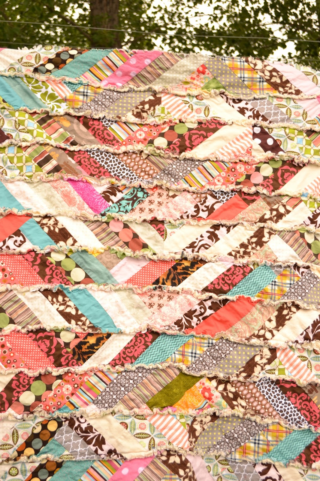 Its Fall Yall Scrappy Rag Quilt Tutorial Modified Log Cabin Quilt