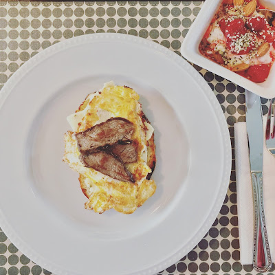 Nutrition-Eggs-Steak-Sandwich-Butter
