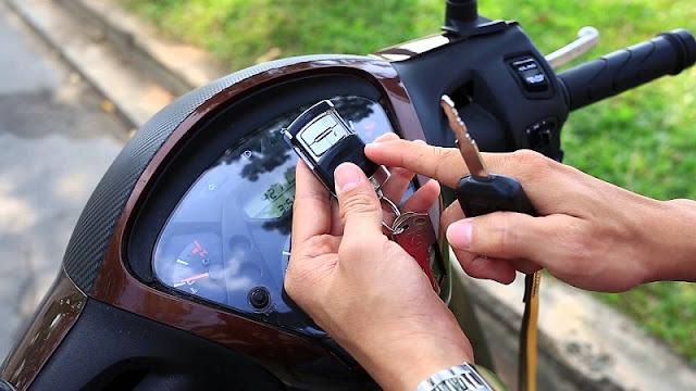 Chống trộm xe máy Honda bằng remote
