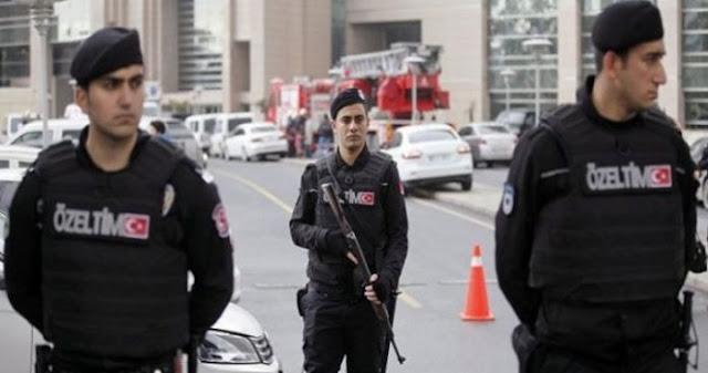 Τουρκία: Συλλήψεις 210 στρατιωτικών λόγω Γκιουλέν