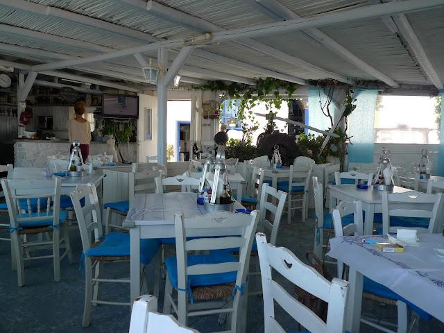 Gdzie zjeść na Milos-Ta Glaronisia - cz. II i spacer po Tripiti/Where to eat on Milos-Ta Glaronisia - part II and a walk in Tripiti