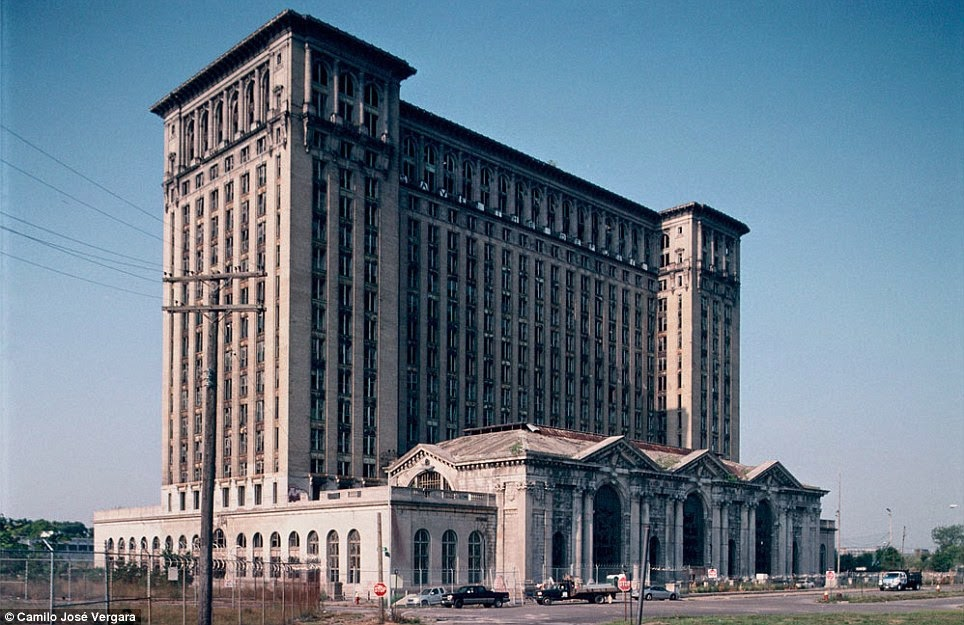 Michigan Central Railway Station in Detroit, This was tallest rail station in the world when it was built in 1913.