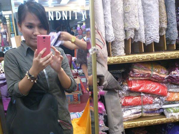 Bandung,Indonesia (Day 1) : Pasar Baru Trade Centre