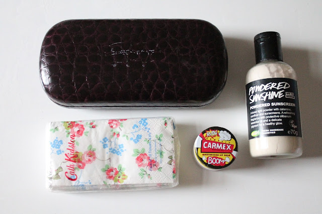 whats in my handbag mummy essentials for baby changing bag