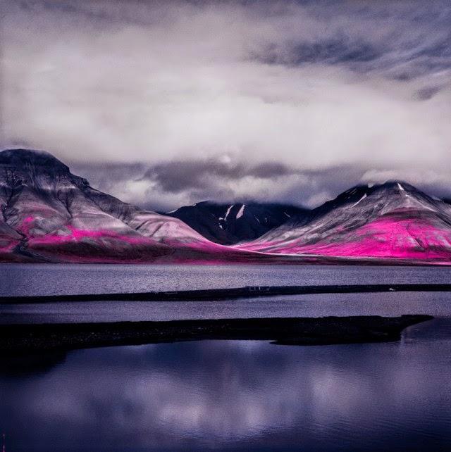 Why I Like Photography >> Amazing Arctic Aerochrome Film Captures - Snow Addiction - News about Mountains, Ski, Snowboard ...