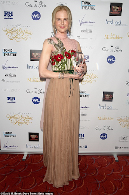 Nicole kidman wins best actress at WhatsOnStage awards
