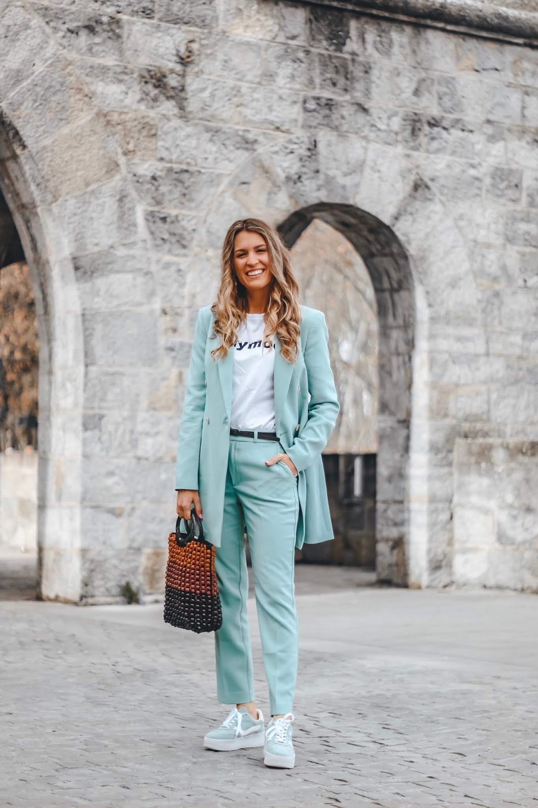 tendencia trajes mujer 2019
