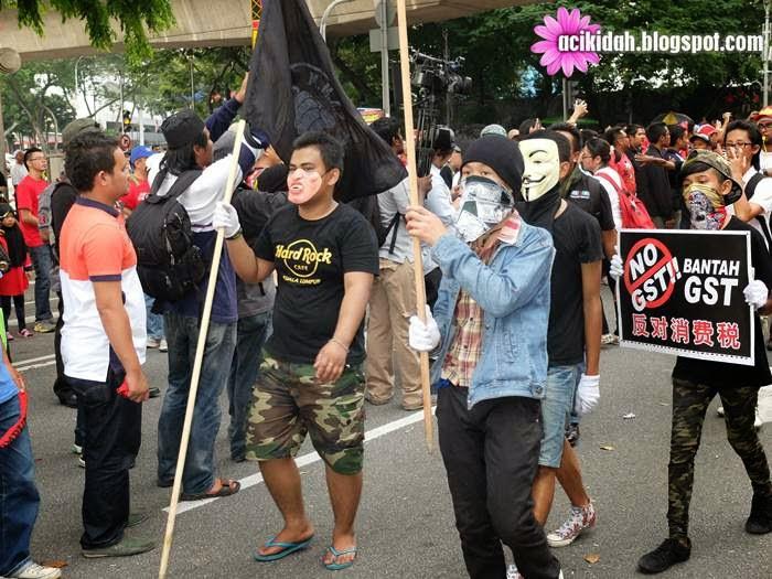 Anak Muda di Himpunan Anti GST