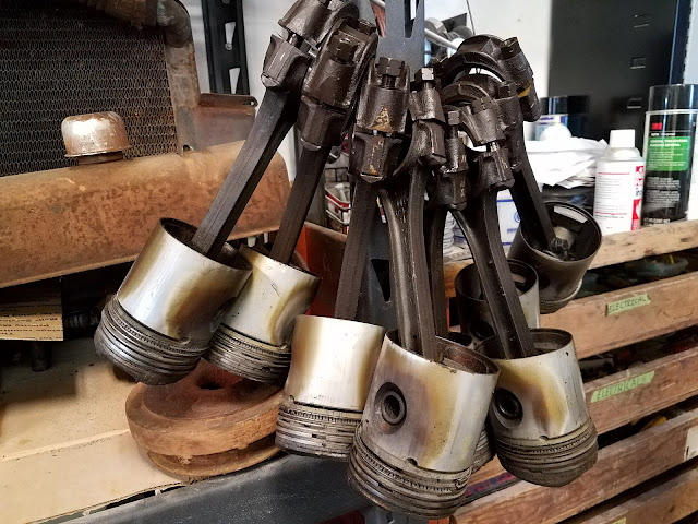 Babbit_bearing_pistons_buick_248