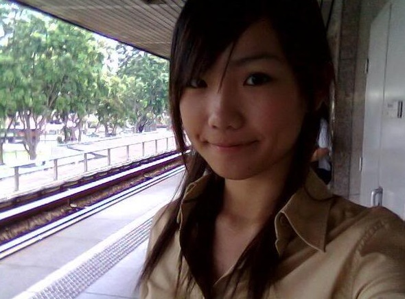 Wanita Singapura sanggup lelaki sempena Tahun Baru Cina