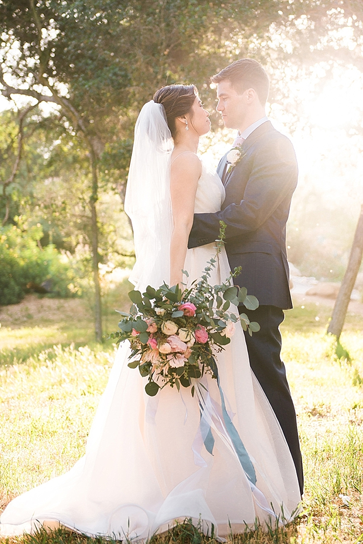 A beautiful descanso gardens wedding with unique custom for Rent wedding dress orange county