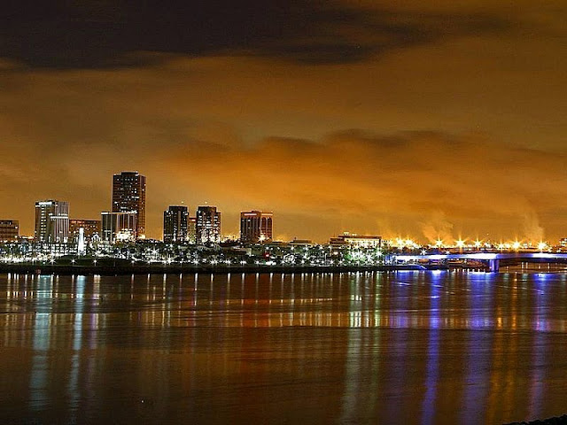 Beauty Night Scenery of Long Beach and city