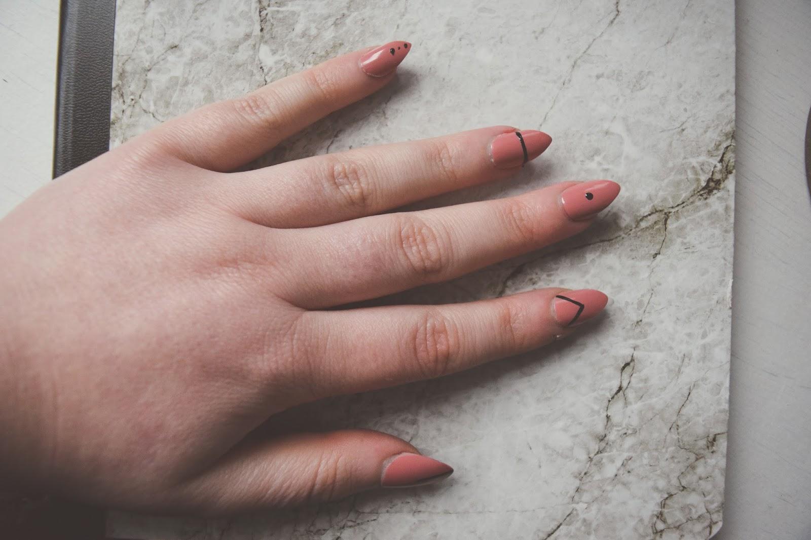 Minimal Nail Art Hollie Rose