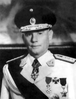 Nicolás Lindley López (1963)