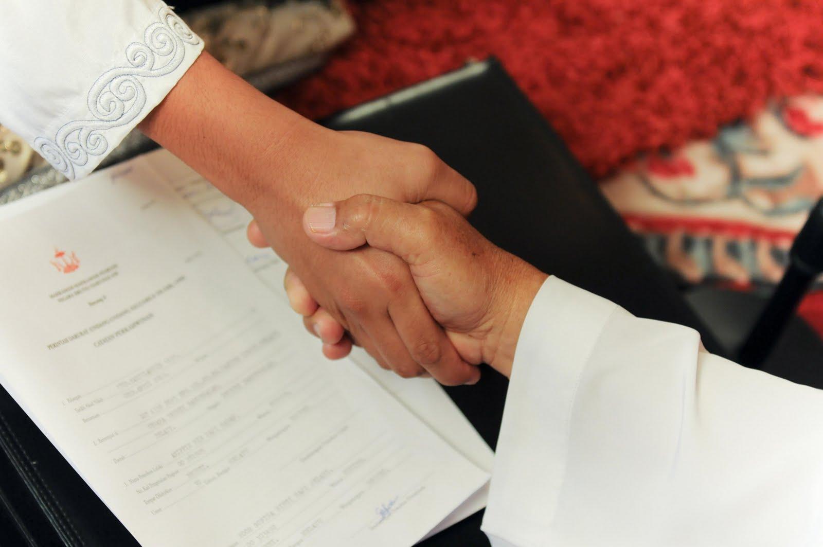 Menikah dalam pandangan Islam merupakan daerah berseminya sakinah Hukum Menikah Di Dalam Islam