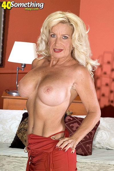 Brenda song nude vigina