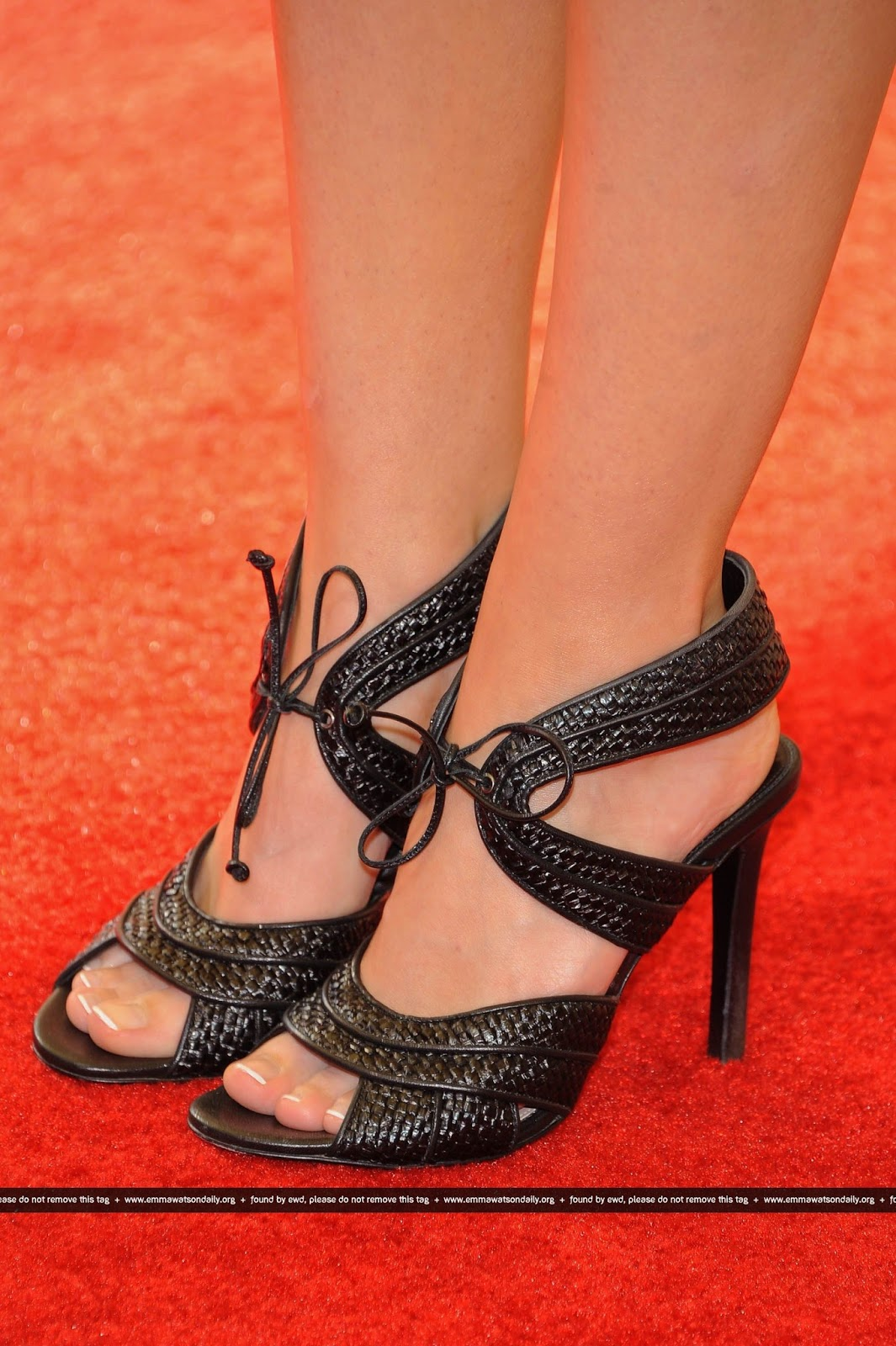 Emma Watson Hd Feet Photos Sexy Feet Capture - Celebrity -6318