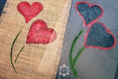 resultado-stencil-sobre-arpillera-flor-de-diys