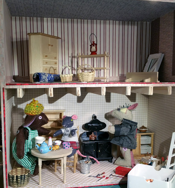 kitchen, cuisine, meubles miniatures, furniture for dolls house