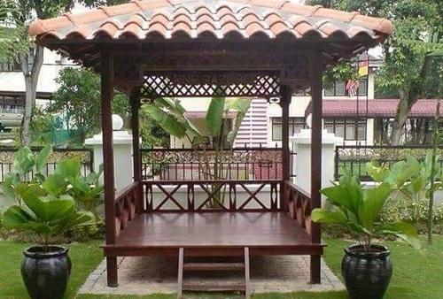 Gazebo Taman Indah Untuk Rumah Ukuran Minimalis