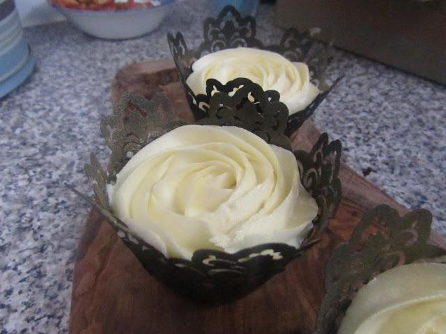 Vegan Mango Cupcakes with Lime Buttercream