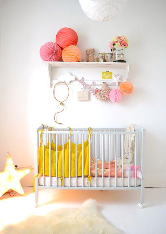 la fabrique d co chambre d 39 enfant color e ou neutre. Black Bedroom Furniture Sets. Home Design Ideas