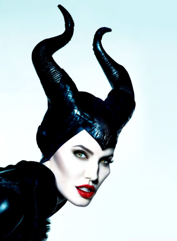 Maleficent In Angelina Jolie Wallpapers Wallpapers Direct