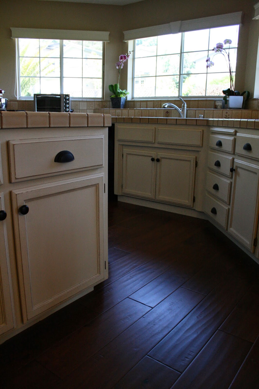 painting oak kitchen cabinets with chalk paint reloved rubbish amazing chalk paint 174 transformation on 171
