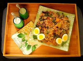 http://cupcakeluvs.blogspot.dk/2016/03/sabzi-biryanigrnsags-biryani-vegetable.html