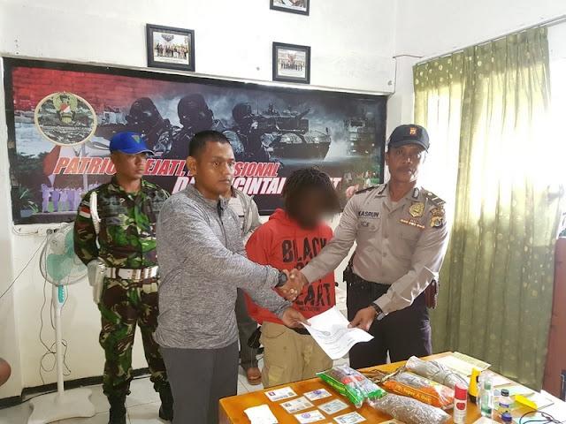 Lagi, Satgas Yonif Para Raider 501 Kostrad Tangkap Pemilik Narkoba di Jalur Lintas Batas