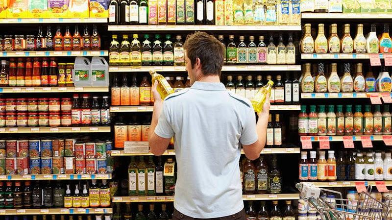 Pesquisa da Nielsen revela as categorias de produtos que mais cresceram no pequeno varejo