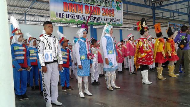 Mengembangkan Kedisiplinan Siswa Melalui Marching Band
