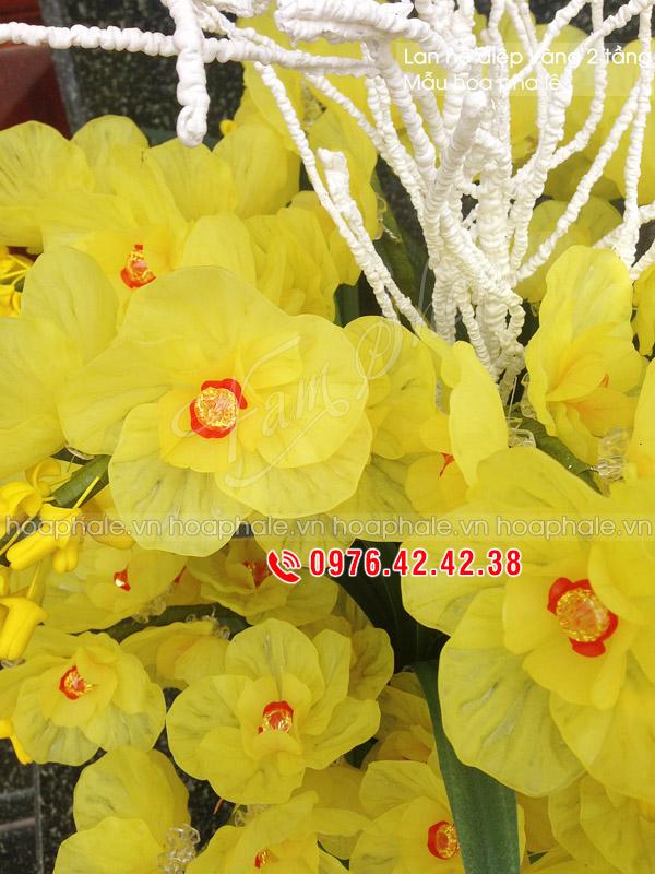 Hoa pha lê lan hồ điệp - Hoa pha lê
