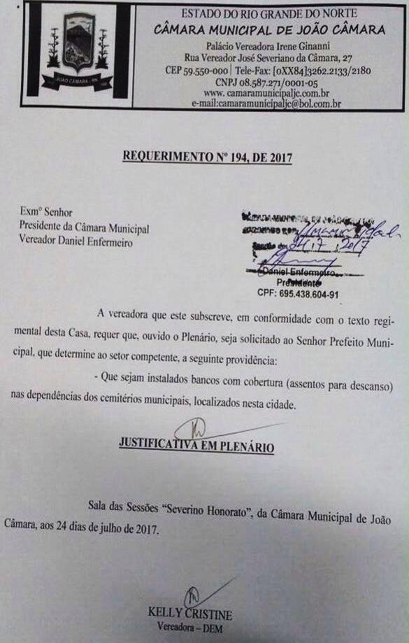 Vereadora Kelly Cristine solicita ao prefeito Mauricio, que seja instalado bancos com cobertura dentro dos cemitérios de João Câmara.