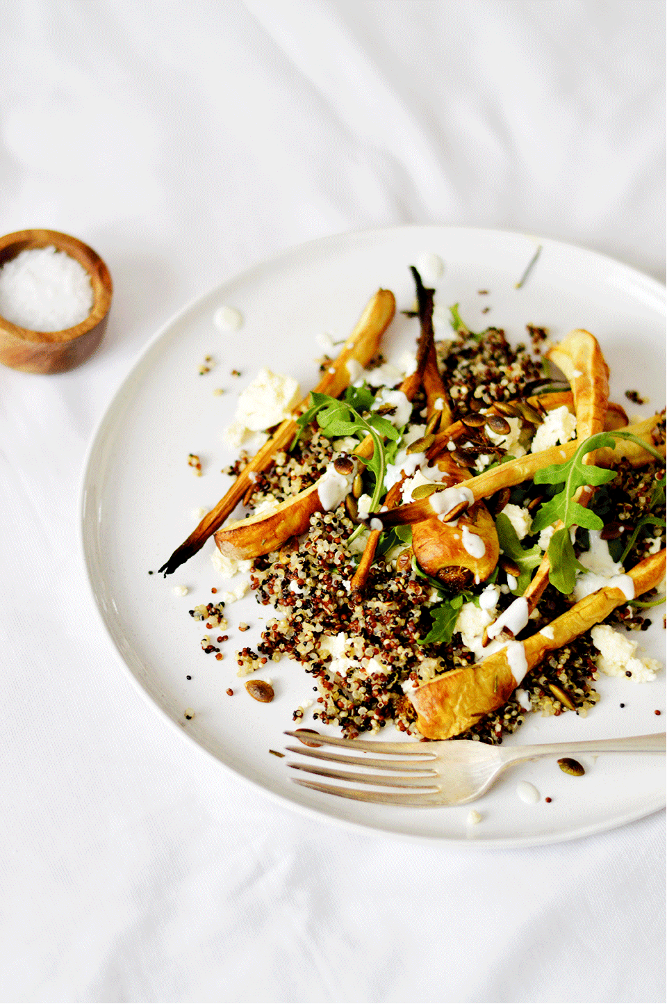 Roasted Parsnip and Quinoa Salad | https://oandrajos.blogspot.com