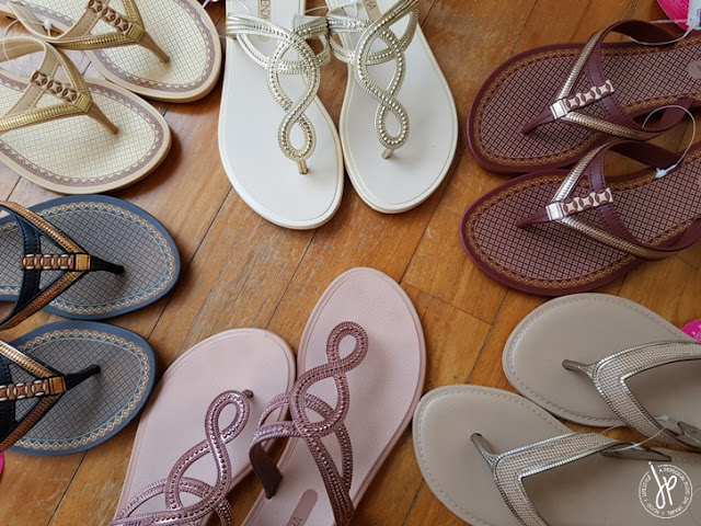 6 pairs of thong style sandals