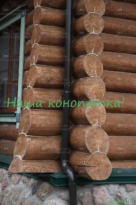 Фото конопатки внешних стен сруба в Симагино.