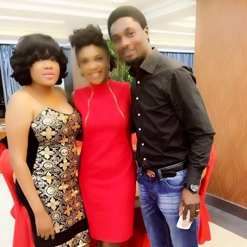 omoni oboli birthday dinner